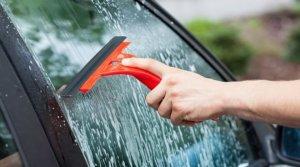 cómo mantener limpio tu vehículo - Ventanillas