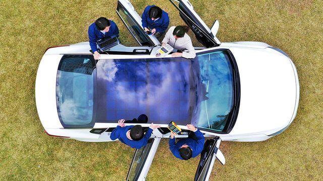 Hyundai y Kia - Paneles Solares